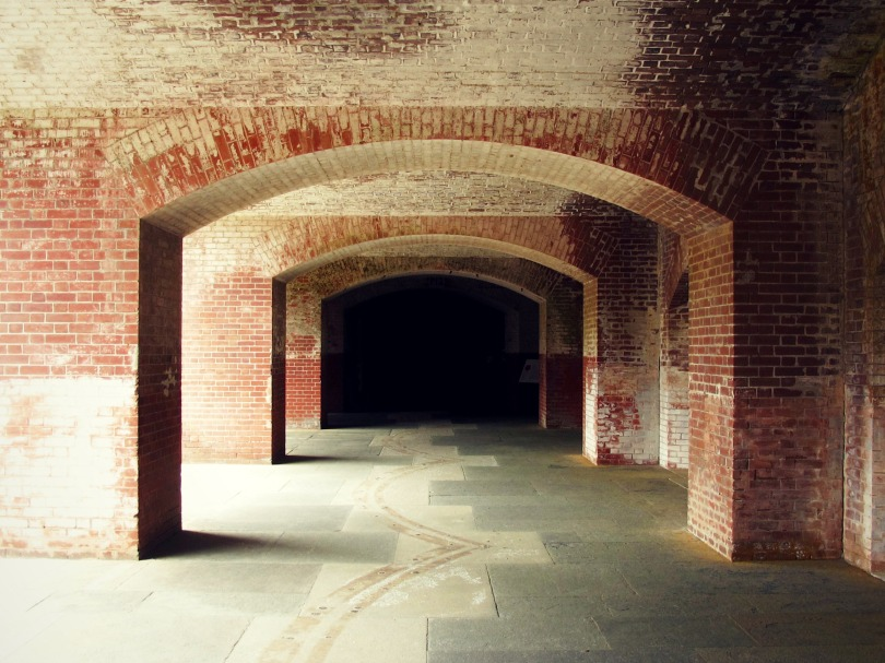 fort-point-arches